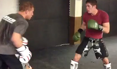Video: Nick Ring and Jordan Mein sparring together in preparation for UFC 158