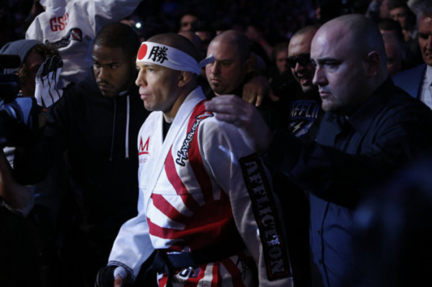 Georges St-Pierre apologizes for controversial UFC 158 logo