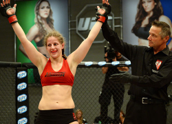"One on One with Canadian TUF 18's Sarah ""Cheesecake"" Moras"