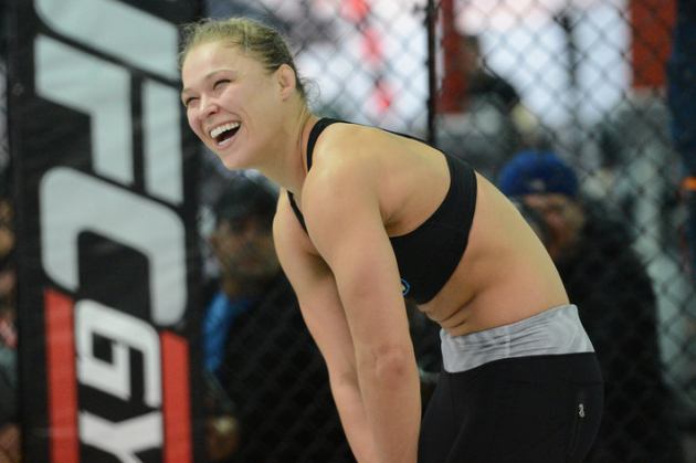 "Joe Rogan ""UFC has huge announcement regarding Ronda Rousey next fight"""