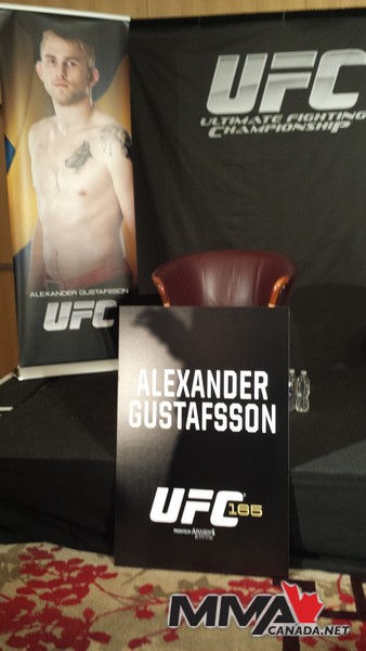 Photo Gallery: UFC 165 Media Event in Toronto